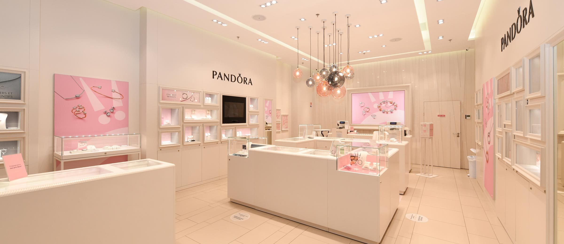 Pandora - Centre Commercial La Lezarde